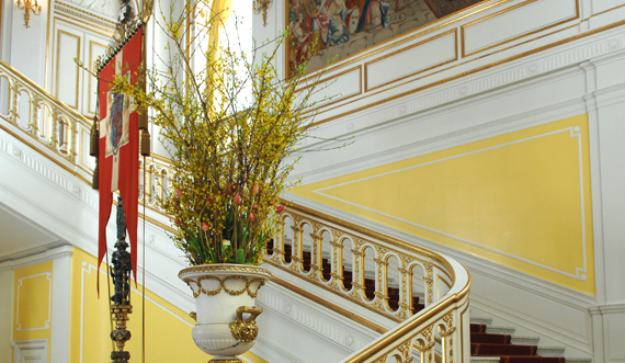 Kongetrappen med blomster_Foto Per Bech-570