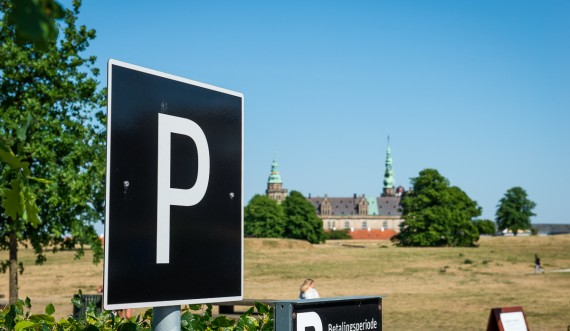 Parking at Kronborg Castle. Photo: Thomas Rahbek