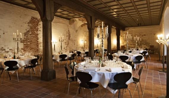 Opdækning i kælderen på Kronborg Slot. Foto: Styrelsen for Slotte og Kulturejendomme