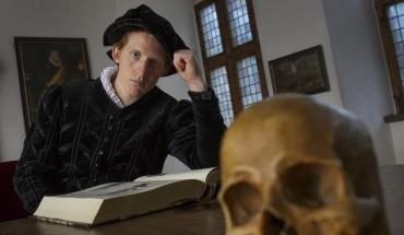 Dramatikeren, William Shakespeare skriver Kronborg Slot ind i verdenslitteraturen. Foto: Thorkild Jensen