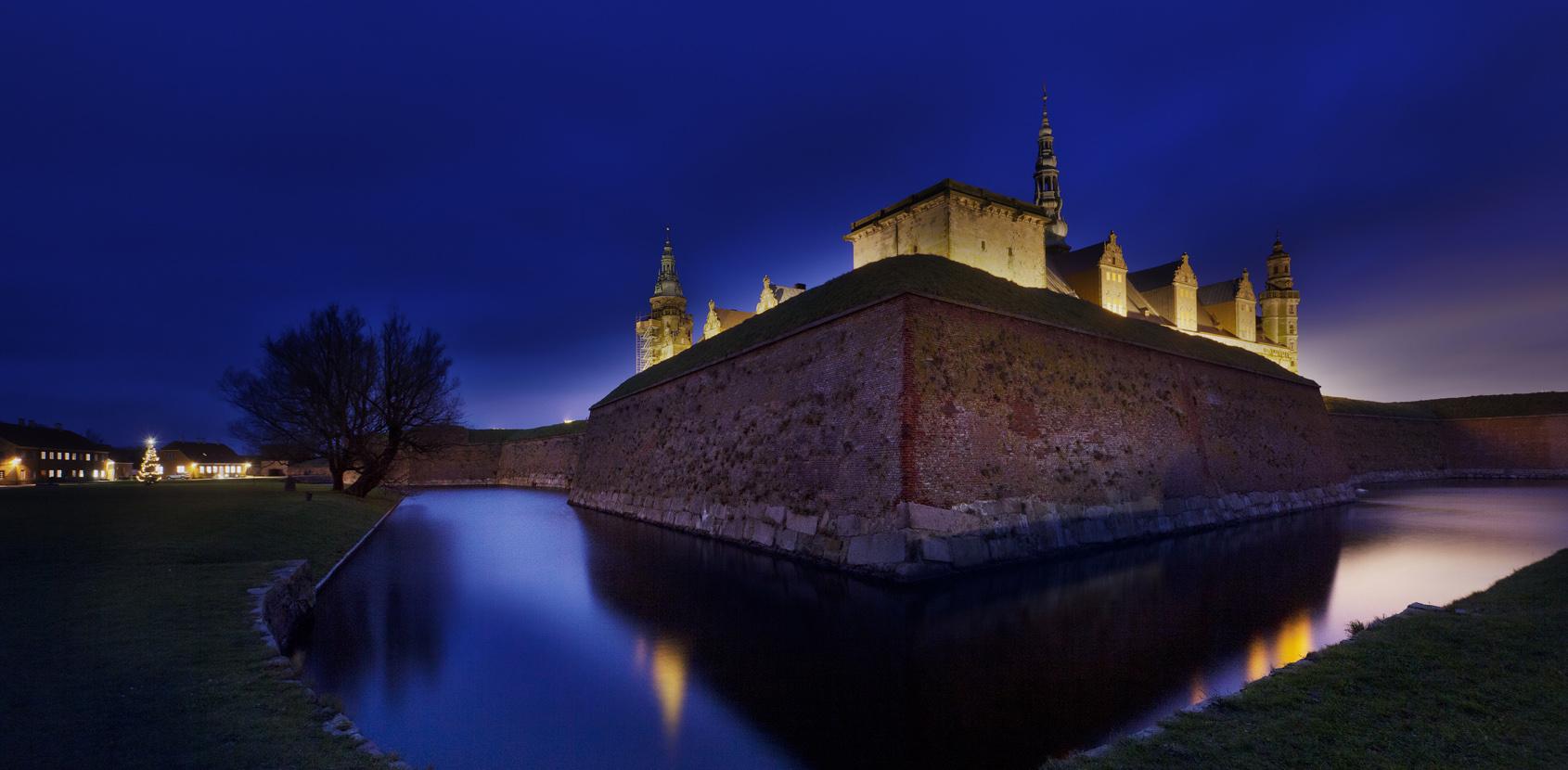 Kronborg Castle at night. Photo: Styrelsen for Slotte og Kulturejendomme