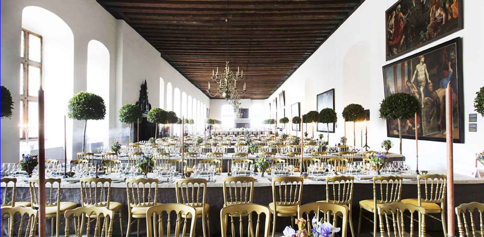 Banquets at Kronborg Castle with oysters and honey-scented candles. Photo: Thorkild Jensen