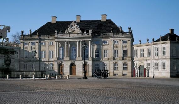 Amalienborg Palace Photo: Roberto Fortuna