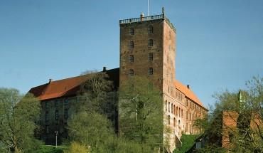 Koldinghus fra nord over Slotssøen. Foto: Friis
