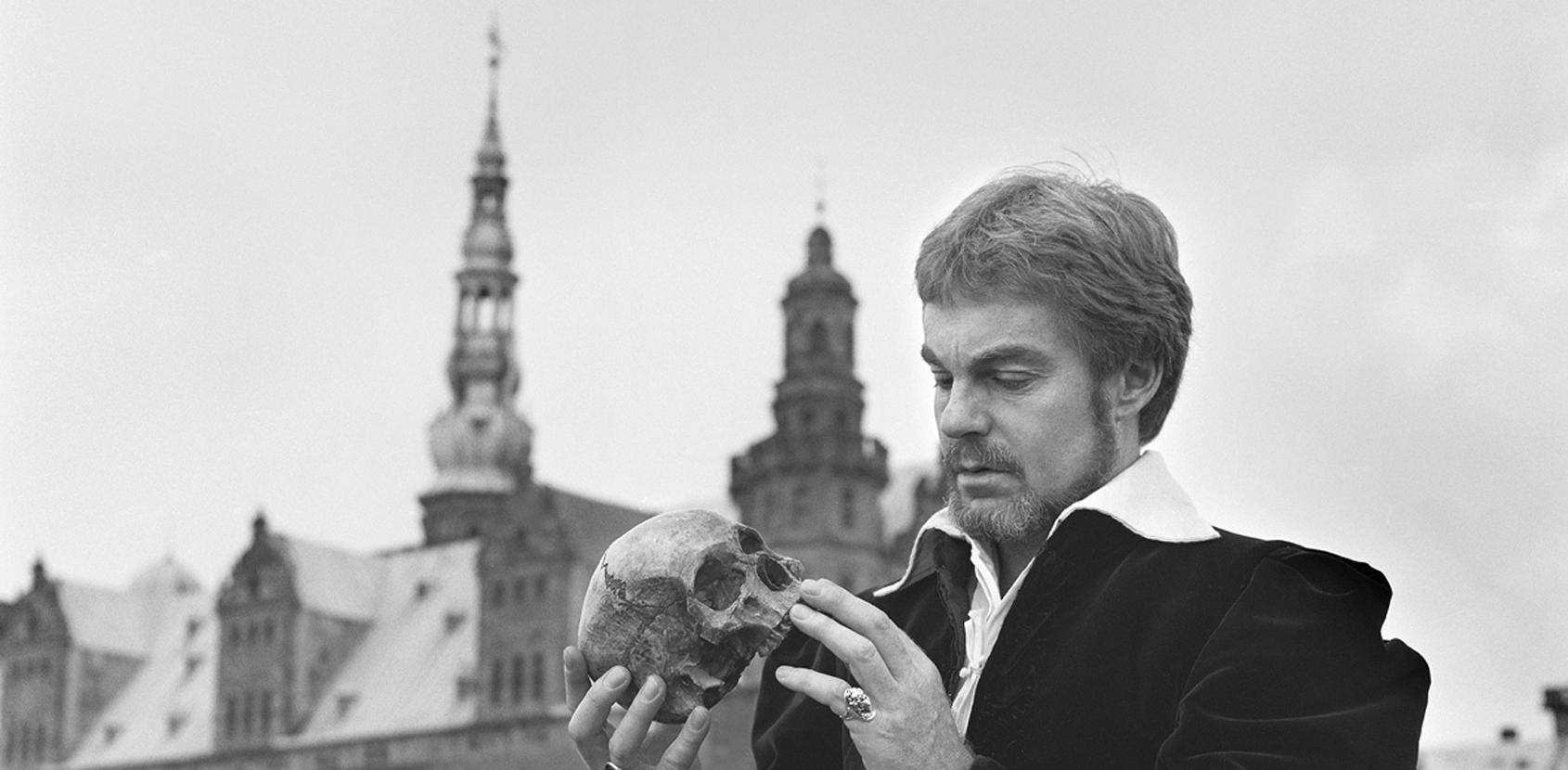 """Fotoudstilling """"Hamlet on location"""" - foto: Arne Magnussen"""